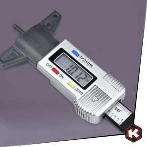 misuratore-digitale-usura-pneumatici